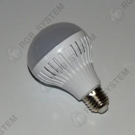 LED žárovka E27 230 V 9 W LED 5730 SMD warm white (3000 - 3500 K)
